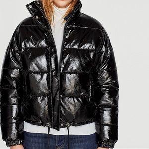 Shiny puffer coat like new
